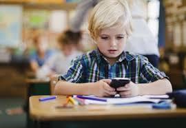 Avantajele folosirii telefonului mobil pentru copii si elevi