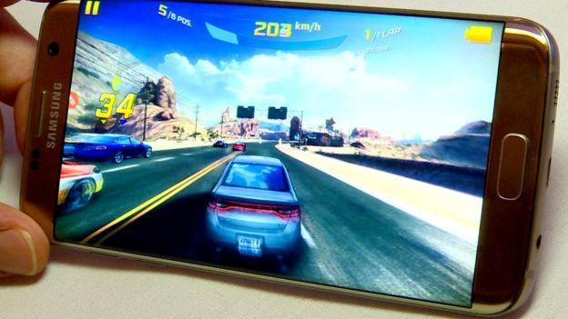 Cum-sa-alegeti-un-touchscreen-pentru-telefoanele-Samsung