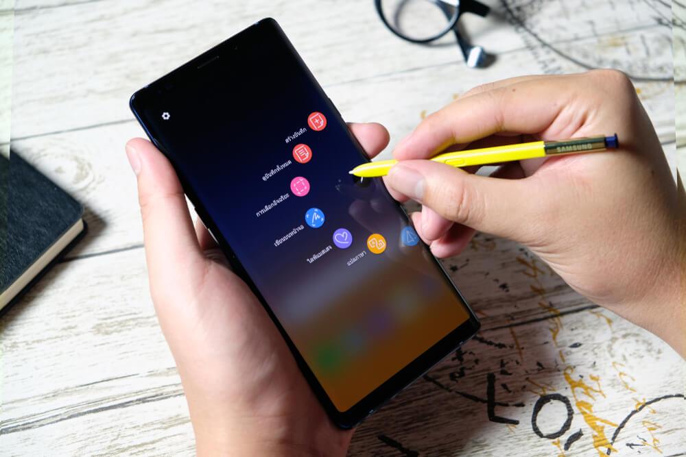 Cui ii puteti vinde smartphone-ul?