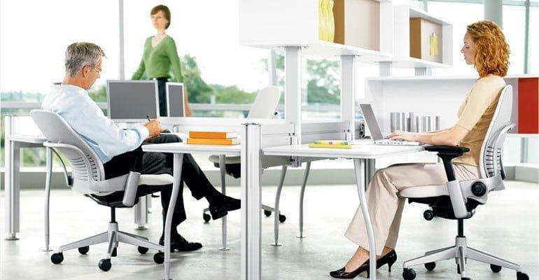 Care sunt caracteristicile importante ale scaunului ergonomic?
